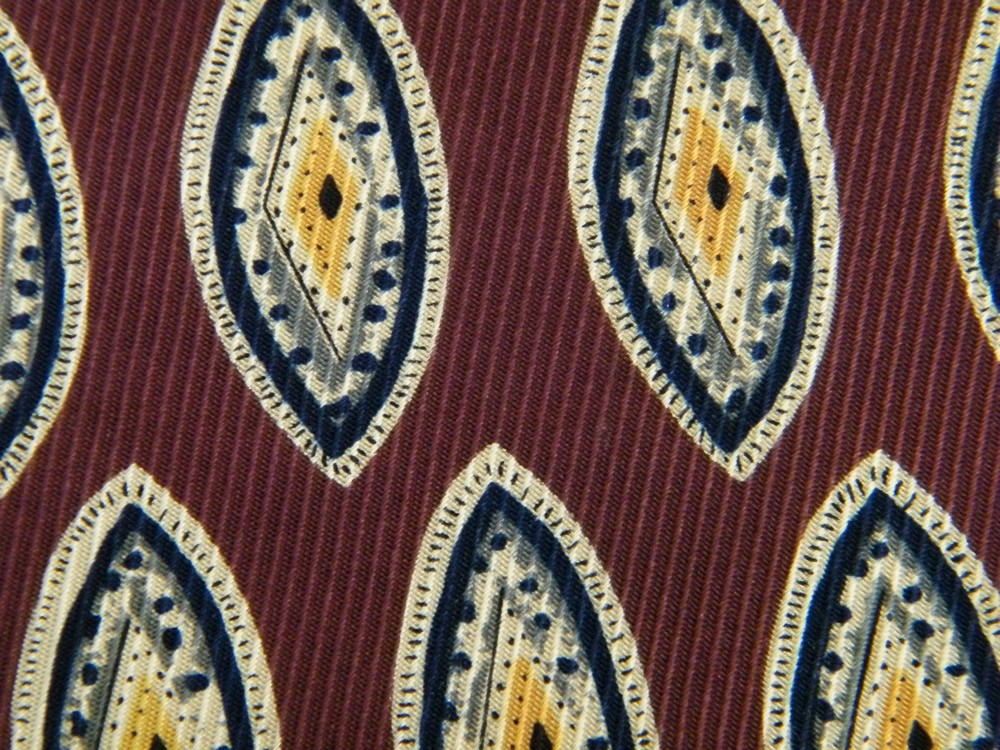 ROBERT TALBOTT FRAMED OVALS DIAMONDS MAROON OFF WHITE SILK NECK TIE NECKTIE